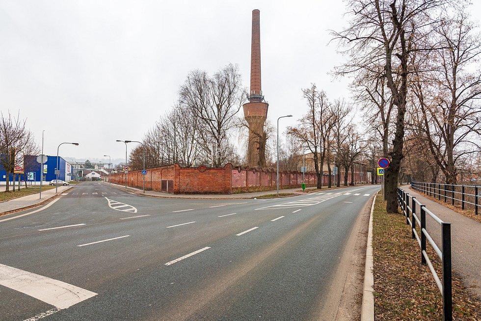 Ve Dvoře Králové nad Labem vyroste v areálu bývalé textilky Tiba Zálabí obchodní centrum se třemi budovami. Největší plochu zabere supermarket Lidl.