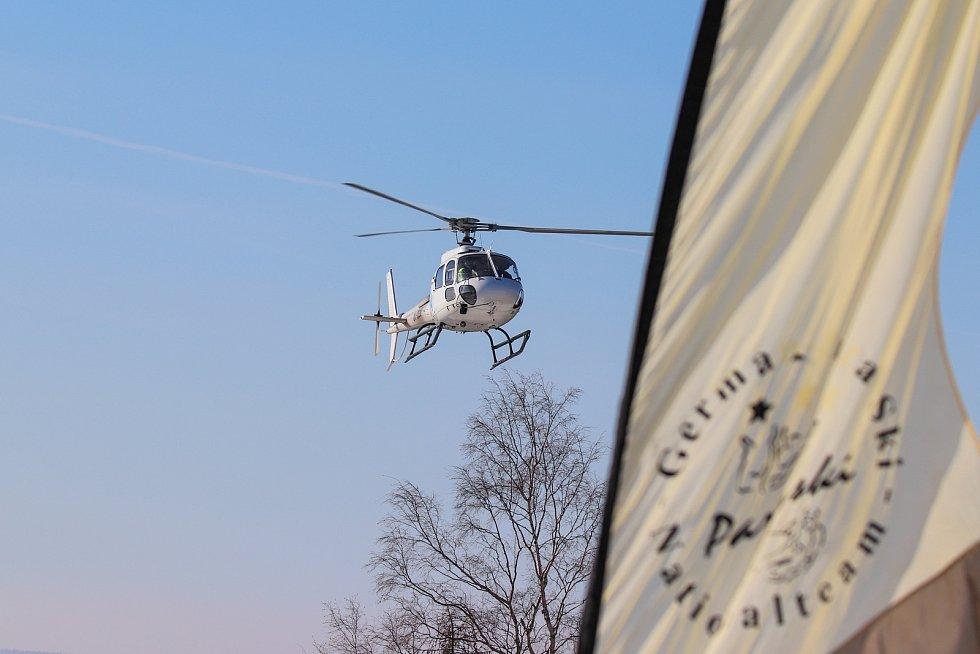 Od středy do soboty se koná ve Skiareálu Bubákov Herlíkovice světový šampionát v para-ski. Tato discplína kombinuje parašutismus a lyžování.