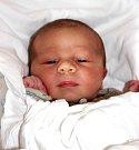 ROBIN LANGER se narodil 12. září v 1.00 hodin. Vážil 3,5 kg a měřil 50 cm. Monika a René si Robina odvezou domů do Trutnova, kde čeká i sestra Gabriela.