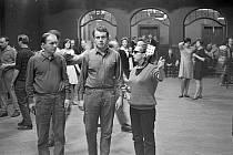 Slavný režisér Miloš Forman natáčel v roce 1967 v Kulturním domě Střelnice ve Vrchlabí kultovní film Hoří, má panenko.