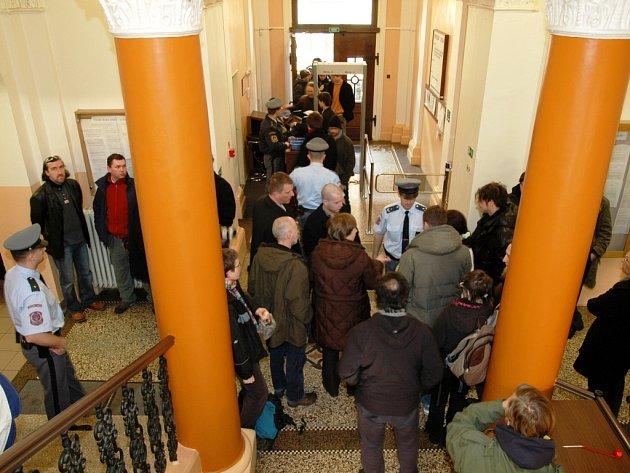 Ztohoven - soud 25. března v Trutnově