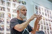 Ony. Výstava snímků od Kurta Gebauera v trutnovském Uffu.