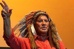 Pierre Brice - představitel legendárního náčelníka Apačů.