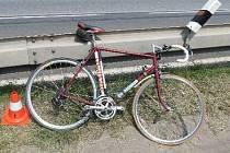 Policie nezná identitu u Lánova sraženého cyklisty