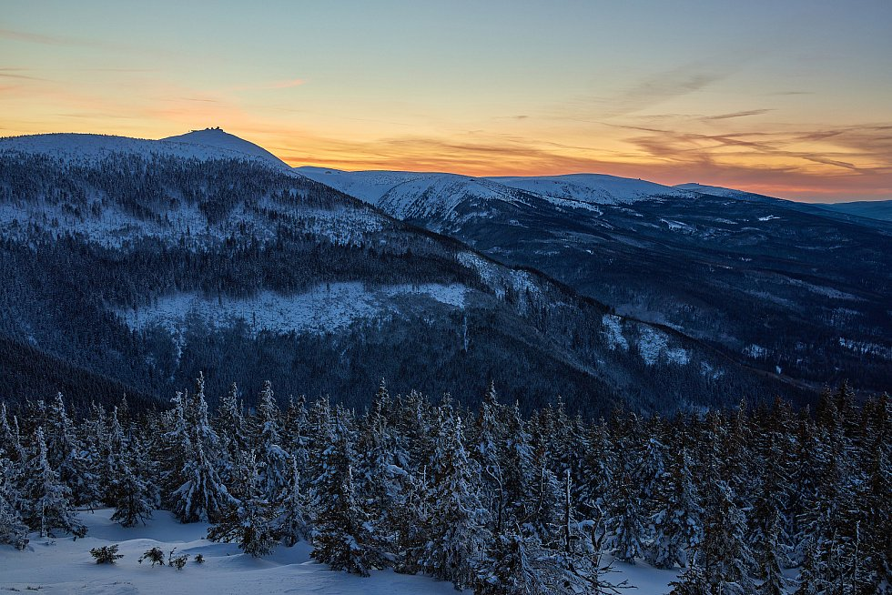 Trutnovský fotograf Miloš Šálek zachytil zimní krajinu Krkonoš.
