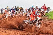 Motokrosových závodů Nova Motocross Cup v Trutnově se zúčastnily bezmála dvě stovky jezdců.