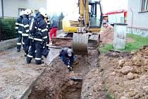 Poškození plynové přípojky v obci Batňovice.