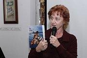 Lenka Vágnerová při slavnostním křtu znovu vydané knihy Sen Safari.