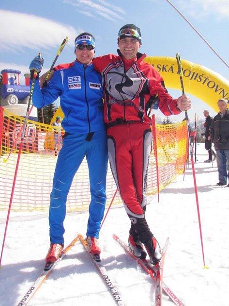 Otec a syn Krčmářové. Oba reprezentovali na zimních olympijských hrách. Táta ovšem Slovensko.