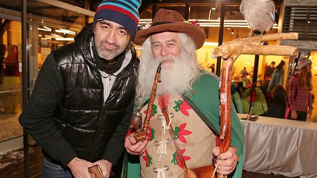 Jakub Kohák společně s hereckými kolegy představil při SkiOpeningu film Špindl, který se poprvé objeví v kinech 21. prosince.