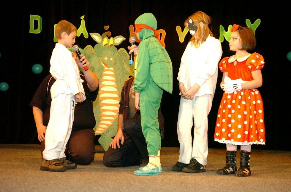 Jednou z akcí k Roku trutnovského draka byly Dráčkoviny, karneval pro děti v Národním domě.