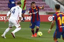 HITEM 10. KOLA TIP ligy nebyl pro tentokrát žádný duel z regionu, nýbrž souboj Barcelony s Realem Madrid (El Clásico).