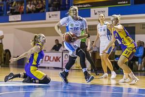 Lokomotiva dostala Slovanku rychle na kolena, výrazný náskok si vytvořila už v první čtvrtině a nakonec vyhrála 79:59.