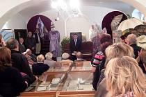 Lomnické ochotnické divadlo žije. Jeho vývoj připomíná výstava instalovaná v muzeu