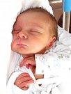 TOMÁŠ DUPILKA se narodil 7. května v 16.48 hodin Pavlíně Manychové a Petru Dupilkovi. Vážil 2,89 kilogramu a měřil 47 centimetrů. Rodina bude bydlet v Úpici. F