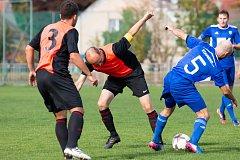 Dvorští fotbalisté ve Slatiňanech mysleli na výhru. Nakonec ale nepřivezli ani bod.