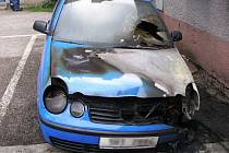 Požár Volkswagenu v Trutnově