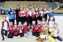 Gymnastky trutnovského Team Gymu v Plzni.