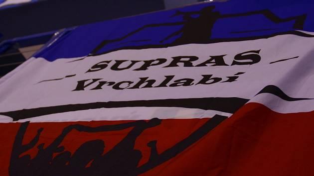 Využijí dnes vrchlabští fanoušci možnosti přijít po delší době na hokej?