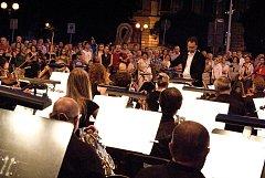 Na koncertu zazáří domácí orchestr s italským dirigentem.