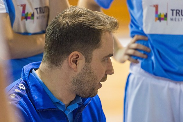 Trenér Lokomotivy Michal Martišek má letos svým svěřenkyním stále co říkat. Trutnov zdeseti duelů vyhrál pouze dva.