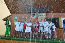 Tyrolit Úpice obhájil loňský triumf mezi fotbalisty nad 40 let.