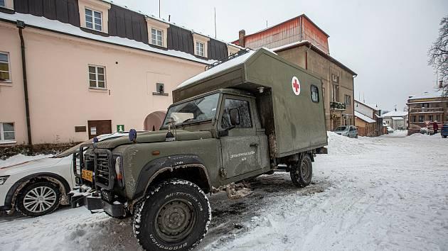 Na Trutnovsku již v úterý začala pomáhat s testováním armáda.
