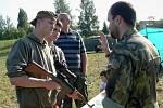 Pátek s armádou na jilemnickém hřišti u nemocnice