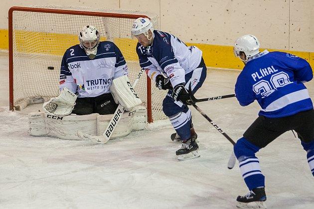 Utkání 12.kola 2.ligy ledního hokeje  HC Vlci Jablonec nad Nisou - HC BAK Trutnov (5:1)