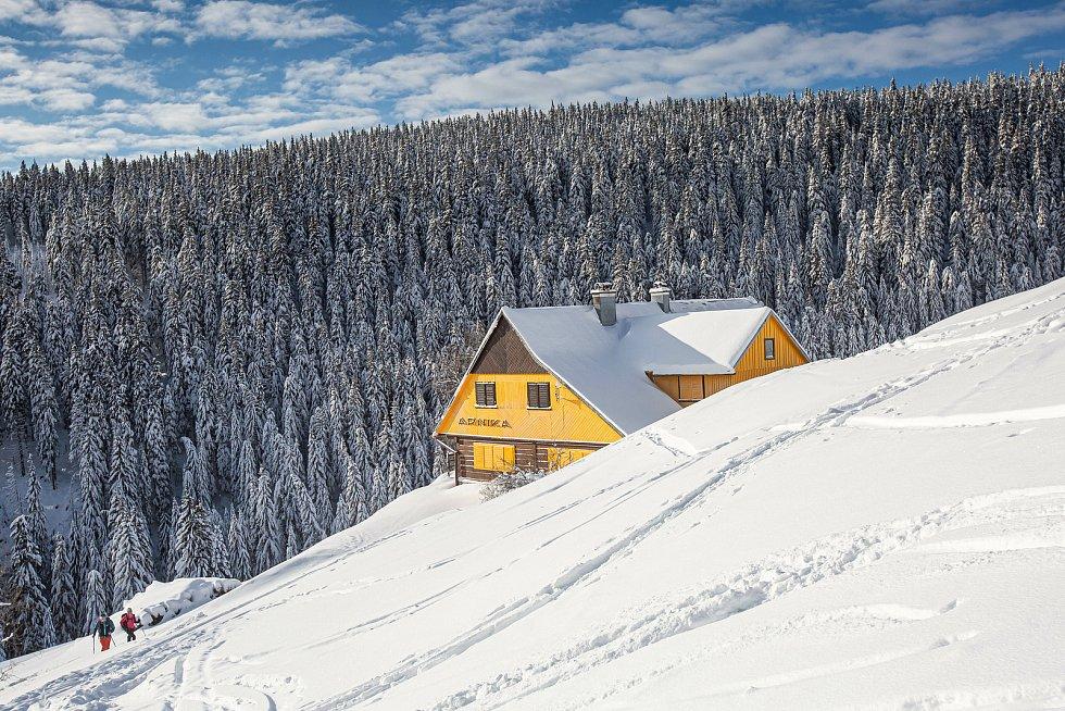 Krkonoše se plní turity již od vánočních svátků v každý volný den.