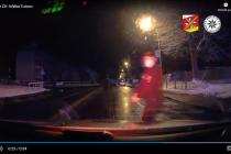 Zadržení pachatele na benzince v Trutnově