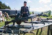 U Stachelbergu rachotila vojenská technika. Na zemi i ve vzduchu.