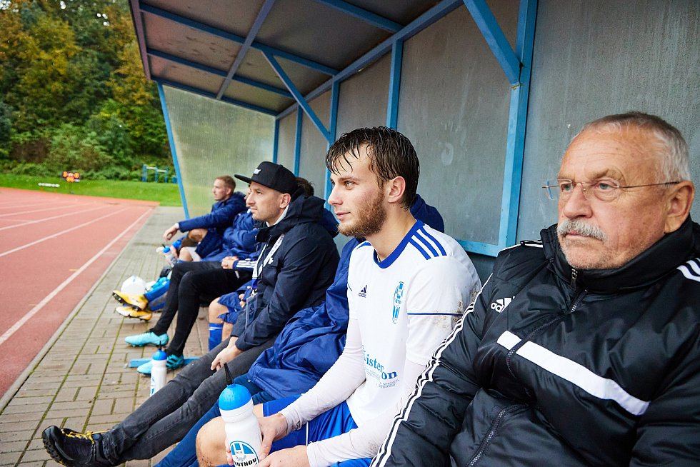 Trutnovští fotbalisté na vlastním hřišti hladce přehráli Nymburk.