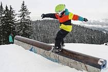 NOVÝ ZÁBAVNÝ Funtrack ve Špindlerově Mlýně potěší i začínající lyžaře a snowboardisty.