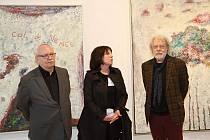 V Galerii Morzin vystavuje obrazy z cyklu Křehké bezpečí herec Jan Kanyza.