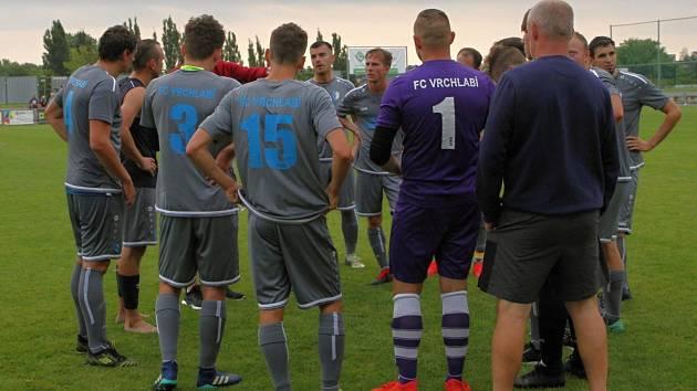 Zpět do boje. Vrchlabští fotbalisté vyhlížejí víkendové soupeře.