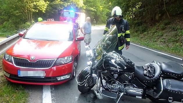 Dopravní nehoda v Petříkovicích