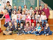 1.B třída ze Základní školy Školní Vrchlabí  s paní učitelkou Janou Formanovou  a asistentkou pedagoga Renatou Sedláčkovou.