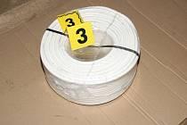 Ukradené měděné kabely.