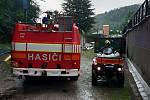 Hasiči z Horního Maršova zasahovali v pátek 14. srpna kvůli vodě, která zatékala do domů.
