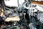 Nehoda u trutnovského autobazaru, kde v úterý 23. září 2008 kolem deváté hodiny večer uhořel devatenáctiletý spolujezdec.