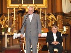 Návštěva prezidenta Miloše Zemana a kardinála Dominika Duky v Domově sv. Josefa v Žirči