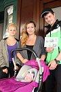 SOFIE EMA FROMMELTOVÁ se stala vítězkou hlasování čtenářů Krkonošského deníku v červnu. Od redakce její rodiče obdrželi slevový kupon na plavání kojenců a batolat, kterou věnovala TJ Lokomotiva Trutnov.