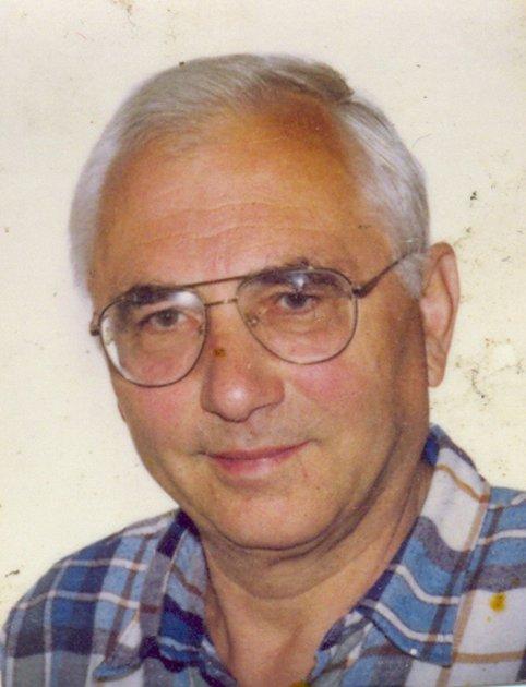 Profesor Karel Martinek se během svého profesního života setkal svýznamnými osobnostmi. Byli jimi například prezident Izraele Ephraim Katzir, Mons. Dominik Duka, profesor Wichterle a mnozí jiní. Vsoučasné době se zabývá historií svého rodného kraje.