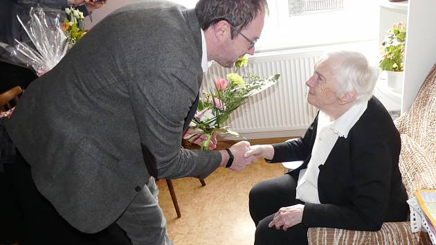 Julie Svobodová oslavila 100. narozeniny