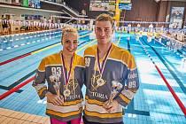 Hvězdy 36. ročníku Velké ceny města Trutnova. Vítězové dvoustovky kraul Martina Elhenická a Tomáš Ludvík.