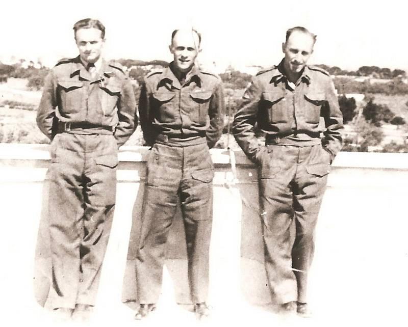 Václav Knotek byl vedoucím šifrantem československé exilové vojenské zpravodajské služby v Londýně během druhé světové války.