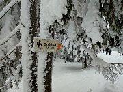 Návštěvníci hor vyráželi v sobotu lanovkou na Růžovou horu.