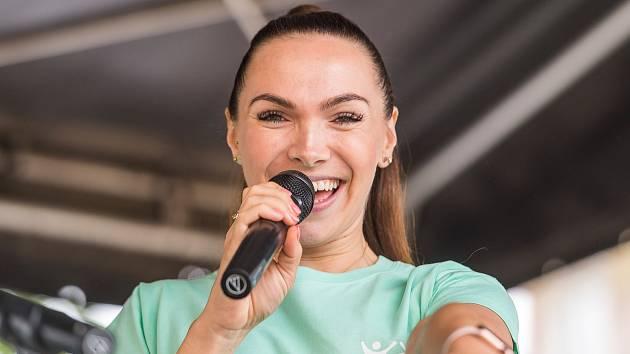 Zpěvačka Kamila Nývltová.