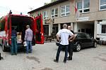 Rudničtí bezprostředně zareagovali na bleskovou povodeň v Olomouckém kraji a plně naložená hasičská dodávka odvezla do Oskavy dezinfekci, krumpáče, hrábě, lopaty, rukavice, kolečka, košťata a další materiál. Pomůžou také obcím Královéhradeckého kraje.